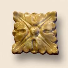 Декоративная розетка из искусственного камня 3058/4