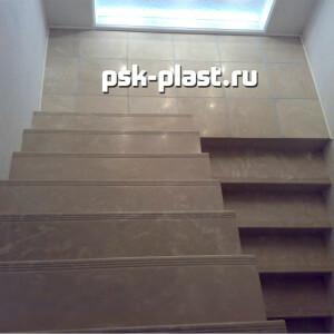 Облицовка лестниц искусственным камнем